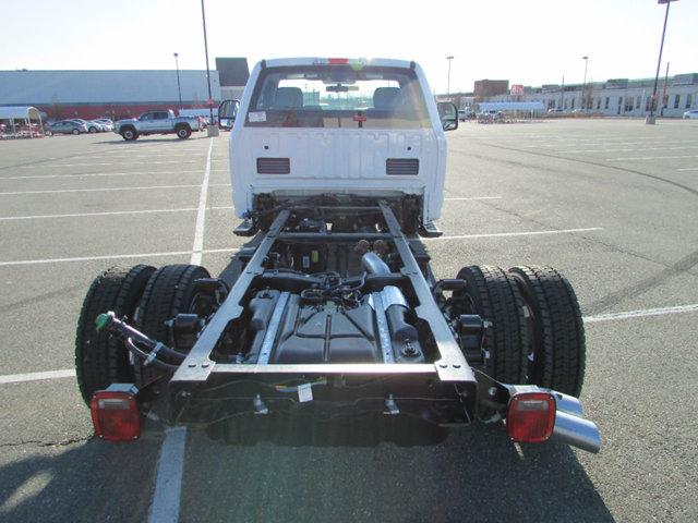 2017 F-550 Regular Cab DRW 4x4, Cab Chassis #17399 - photo 7