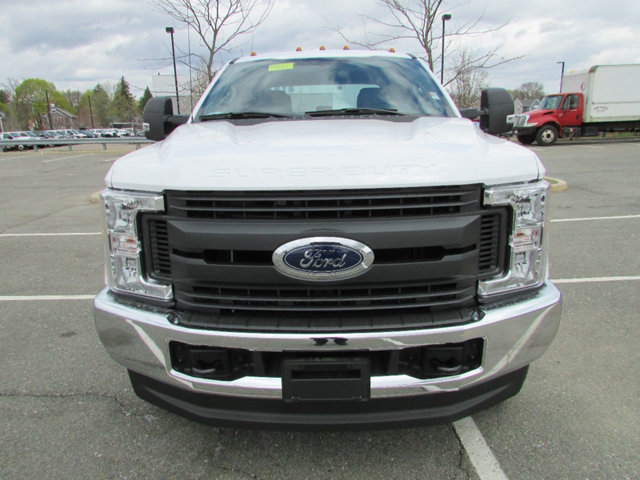 2017 F-350 Crew Cab 4x4 Pickup #17541 - photo 3