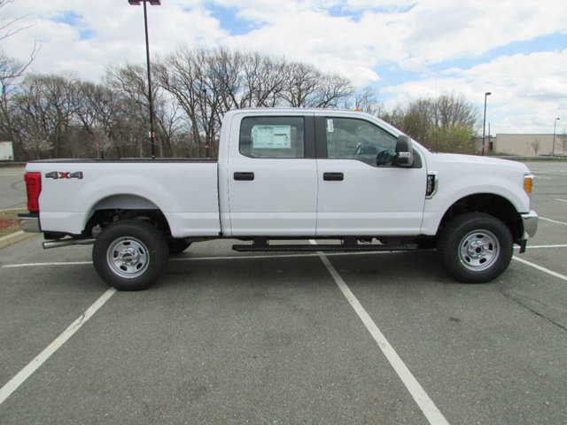 2017 F-350 Crew Cab 4x4 Pickup #17541 - photo 5