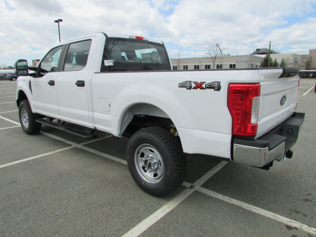 2017 F-350 Crew Cab 4x4 Pickup #17541 - photo 2