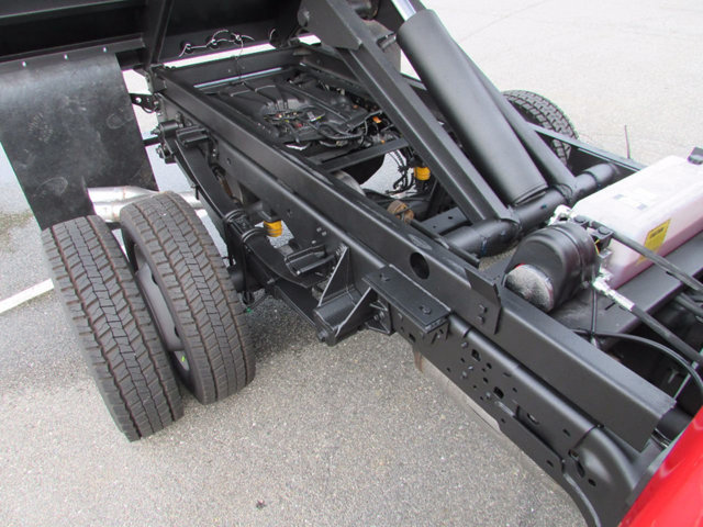 2017 F-550 Regular Cab DRW 4x4, Dump Body #17900 - photo 23