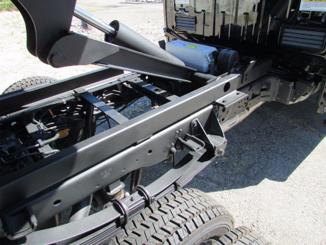 2017 F-550 Regular Cab DRW 4x4, Dump Body #17901 - photo 21