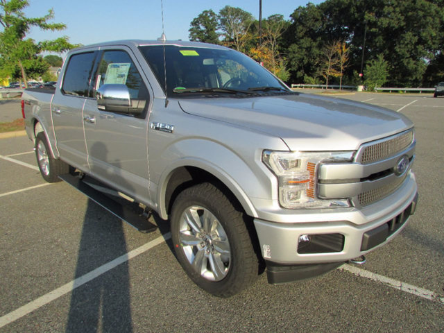 2018 F-150 Crew Cab 4x4 Pickup #18027 - photo 4