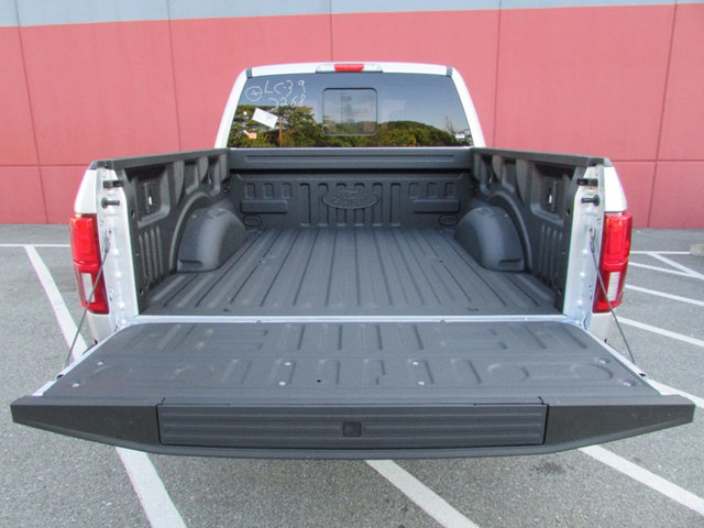 2018 F-150 Crew Cab 4x4 Pickup #18027 - photo 12