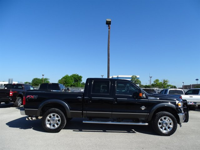 2016 F-250 Crew Cab 4x4,  Pickup #3GEB14099 - photo 3