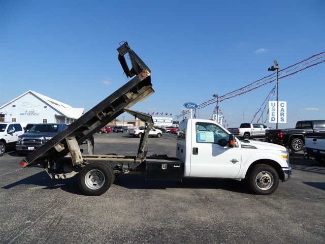 2015 F-350 Regular Cab DRW, Flatbed #4FEB44004 - photo 34