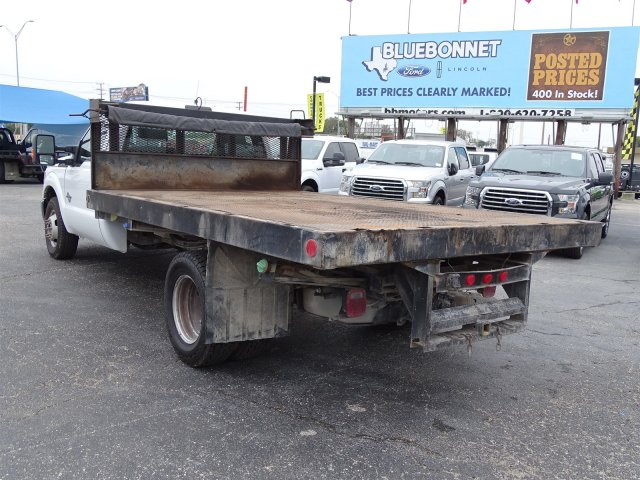 2015 F-350 Regular Cab DRW, Flatbed #4FEB44004 - photo 4