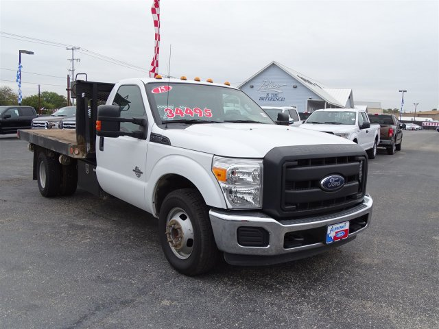 2015 F-350 Regular Cab DRW, Flatbed #4FEB44004 - photo 9