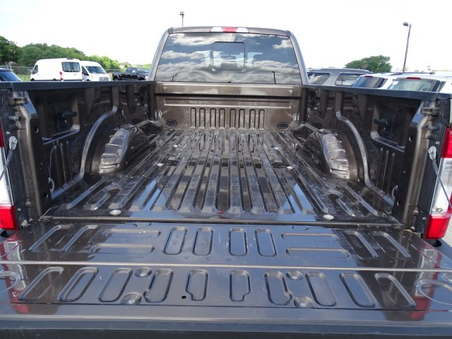 2017 F-350 Crew Cab 4x4,  Pickup #7HEB45927 - photo 22