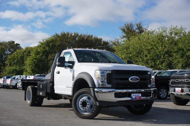 2019 Ford F-550 Regular Cab DRW 4x2, CM Truck Beds RD Model Flatbed #TDA24919 - photo 3