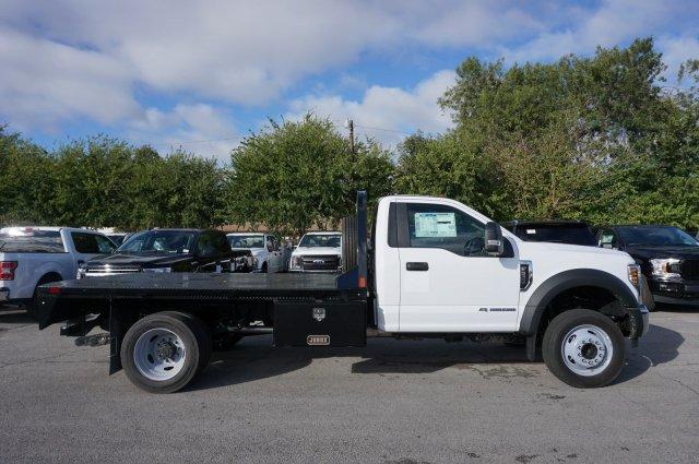 2019 Ford F-550 Regular Cab DRW 4x2, CM Truck Beds RD Model Flatbed #TDA24919 - photo 4