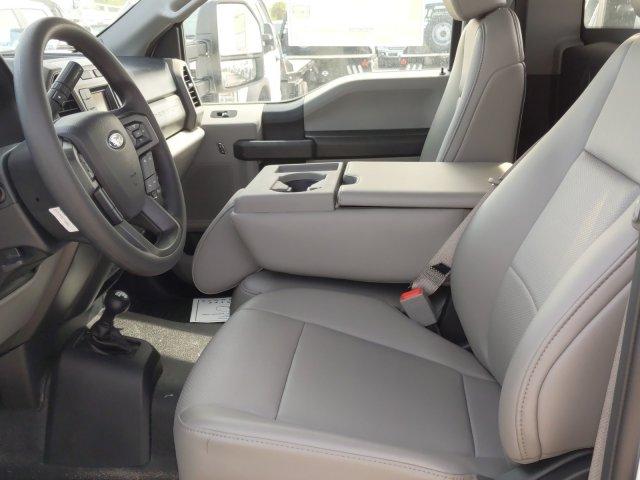 2019 Ford F-550 Regular Cab DRW 4x4, CM Truck Beds RD Model Flatbed #TDA27396 - photo 10