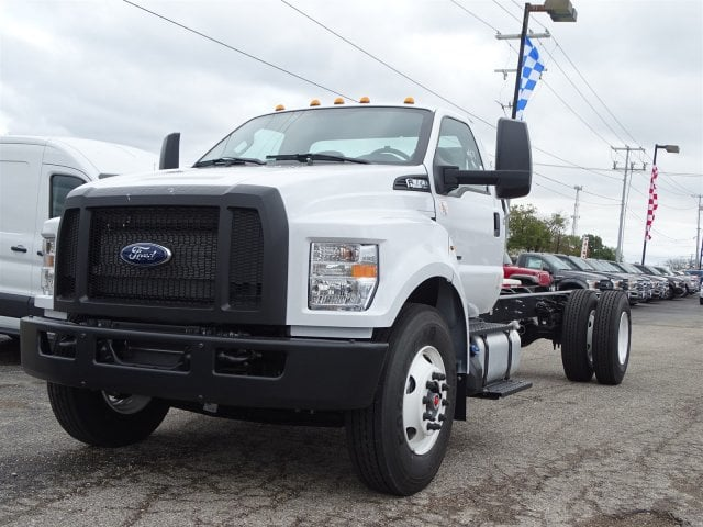 2019 F-650 Regular Cab DRW 4x2,  Cab Chassis #TDF02845 - photo 3