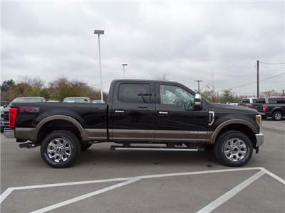 2018 F-250 Crew Cab 4x4 Pickup #TEB09210 - photo 3