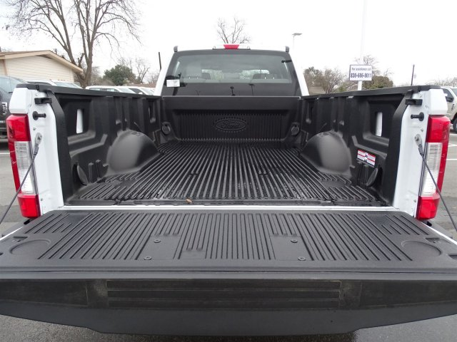 2018 F-250 Crew Cab 4x4, Pickup #TEB28747 - photo 5