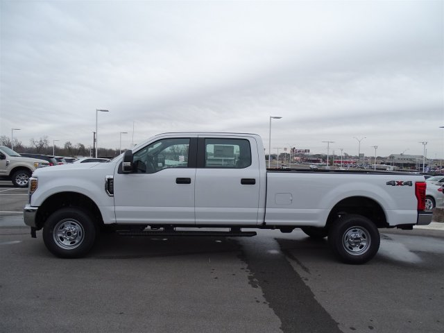 2018 F-250 Crew Cab 4x4, Pickup #TEB28747 - photo 7