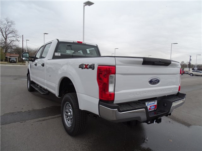 2018 F-250 Crew Cab 4x4, Pickup #TEB28747 - photo 6