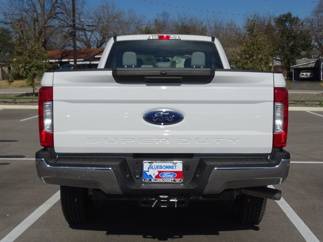 2018 F-250 Crew Cab 4x4, Pickup #TEB35608 - photo 4