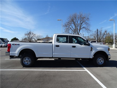 2018 F-250 Crew Cab 4x4, Pickup #TEB35608 - photo 3
