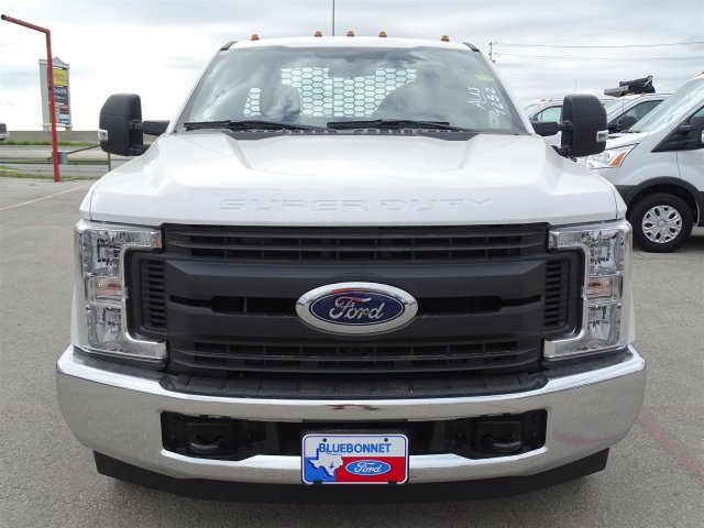 2018 F-350 Regular Cab DRW,  Knapheide PGNB Gooseneck Flatbed #TEB54151 - photo 9