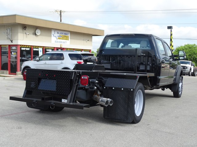2018 F-550 Crew Cab DRW 4x4,  Hauler Body #TEB96251 - photo 2