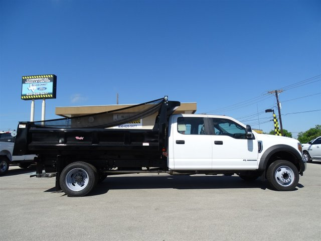 2018 F-550 Crew Cab DRW 4x2,  Rugby Dump Body #TEC14452 - photo 4