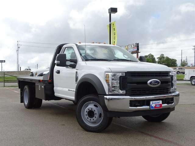 2019 F-550 Regular Cab DRW 4x2,  CM Truck Beds RD Model Flatbed #TEC16315 - photo 3