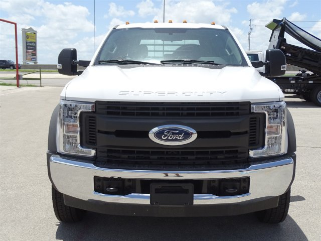 2018 F-450 Crew Cab DRW 4x2,  CM Truck Beds RD Model Flatbed #TEC21777 - photo 9