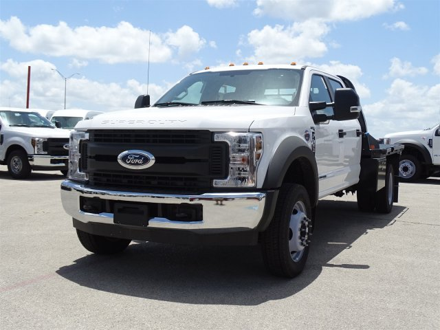 2018 F-450 Crew Cab DRW 4x2,  CM Truck Beds RD Model Flatbed #TEC21777 - photo 8