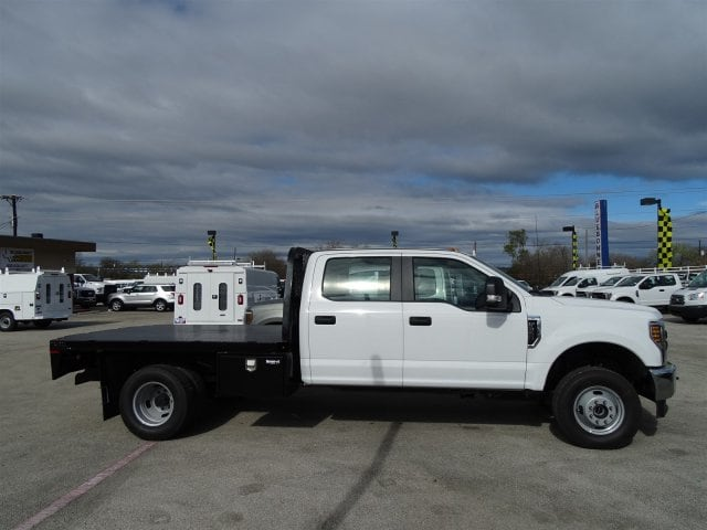 2019 F-350 Crew Cab DRW 4x4,  Knapheide Platform Body #TEC52249 - photo 3