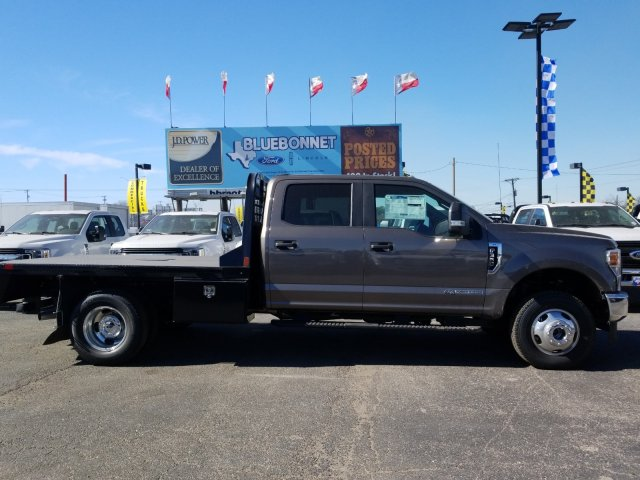 2020 Ford F-350 Crew Cab DRW 4x4, CM Truck Beds Flatbed #TEC52652 - photo 4
