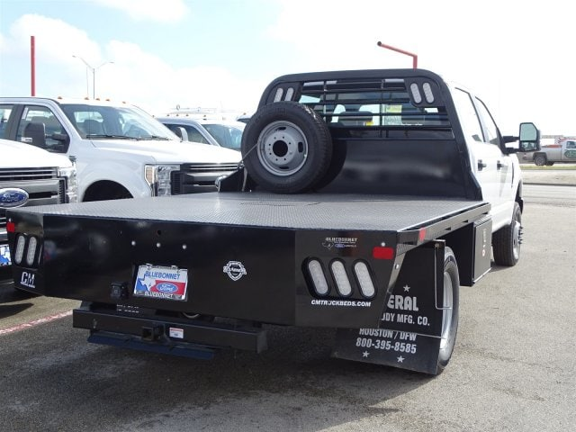2019 F-350 Crew Cab DRW 4x4,  CM Truck Beds Flatbed #TEC58157 - photo 2