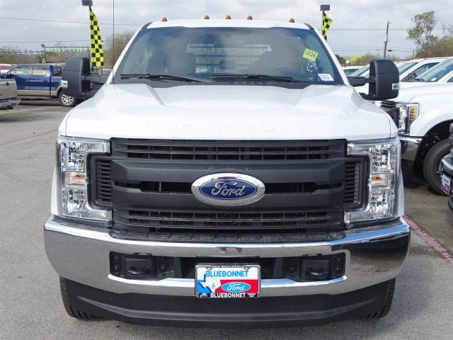 2019 F-350 Crew Cab DRW 4x4,  CM Truck Beds Flatbed #TEC58157 - photo 7