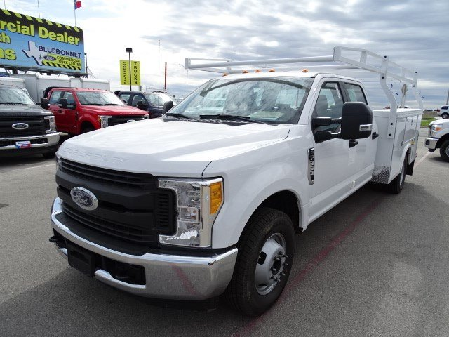 2017 F-350 Crew Cab DRW, Royal Service Body #TEC68771 - photo 9