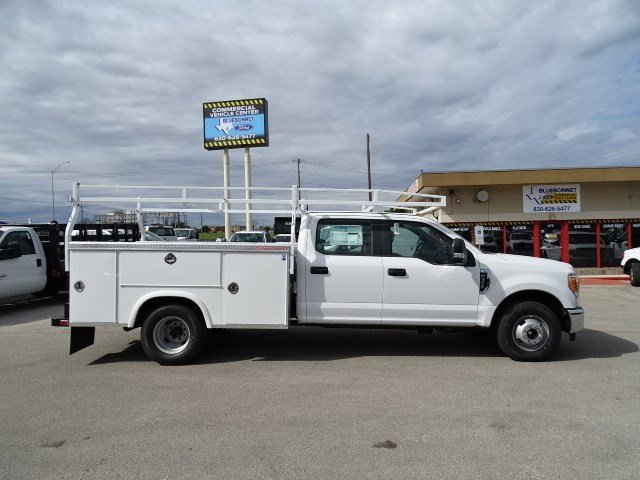 2017 F-350 Crew Cab DRW, Royal Service Body #TEC68771 - photo 4