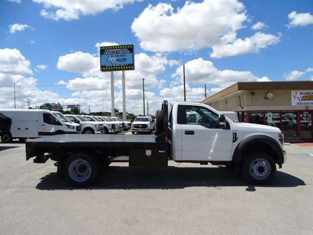 2018 F-550 Regular Cab DRW 4x2,  CM Truck Beds Flatbed #TEC70659 - photo 3