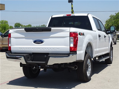 2018 F-250 Crew Cab 4x4,  Pickup #TEC90642 - photo 2