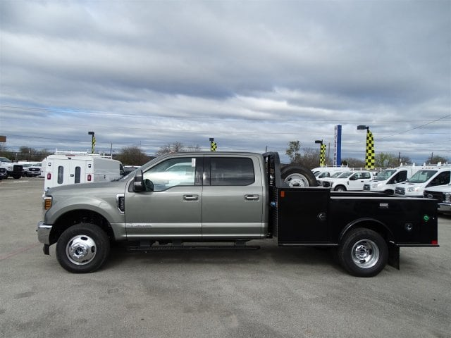 2019 F-350 Crew Cab DRW 4x4,  CM Truck Beds Flatbed #TEC97986 - photo 16