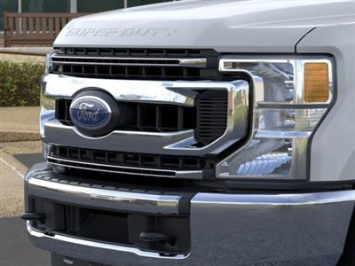 2020 Ford F-250 Crew Cab 4x4, Pickup #TED01684 - photo 17