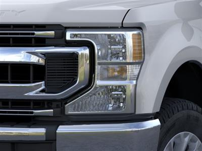 2020 Ford F-250 Crew Cab 4x4, Pickup #TED01687 - photo 18