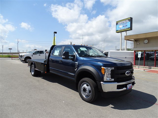 2017 F-550 Crew Cab DRW 4x4, CM Truck Beds Flatbed #TED17268 - photo 3