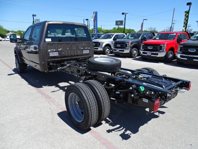 2017 F-550 Crew Cab DRW 4x4, Cab Chassis #TED17270 - photo 6