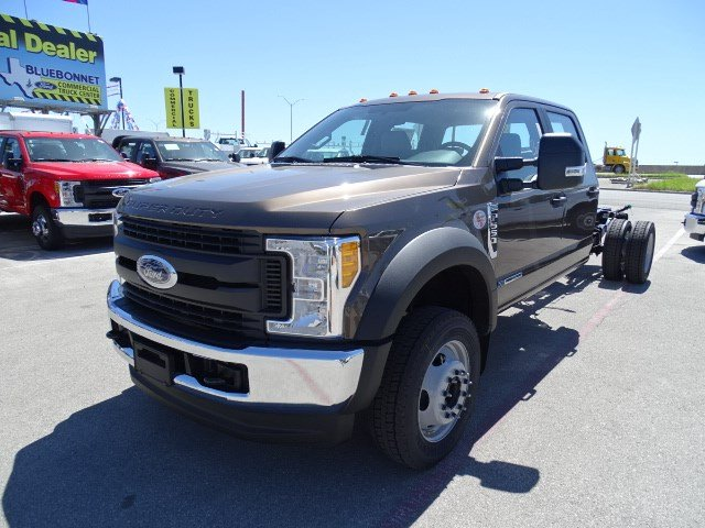2017 F-550 Crew Cab DRW 4x4, Cab Chassis #TED17270 - photo 8