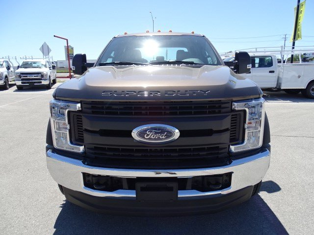 2017 F-550 Crew Cab DRW 4x4, Cab Chassis #TED17270 - photo 9