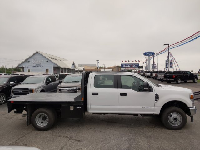 2020 Ford F-350 Crew Cab DRW 4x4, CM Truck Beds RD Model Flatbed #TED25105 - photo 4