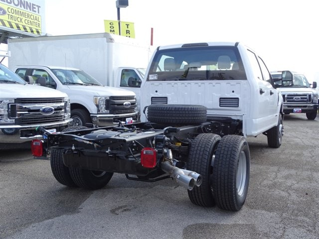 2019 F-350 Crew Cab DRW 4x4,  Knapheide Flatbed #TED27230 - photo 2