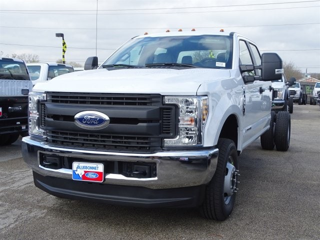 2019 F-350 Crew Cab DRW 4x4,  Knapheide Flatbed #TED27230 - photo 5