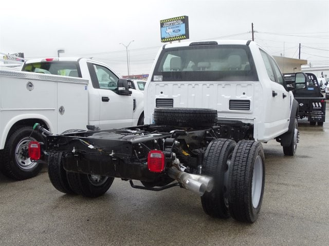 2019 F-450 Crew Cab DRW 4x4,  Cab Chassis #TED27242 - photo 2