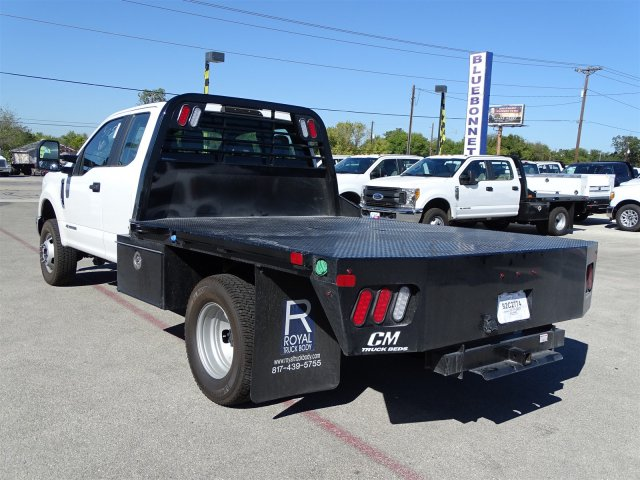 2017 F-350 Super Cab DRW 4x4 Flatbed #TED28365 - photo 6