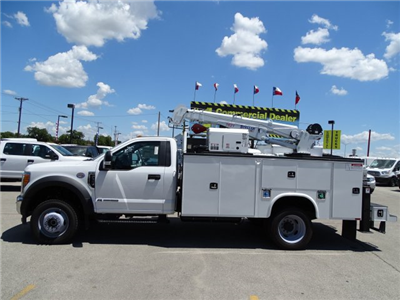 2017 F-550 Regular Cab DRW 4x4 Service Body #TED32774 - photo 9